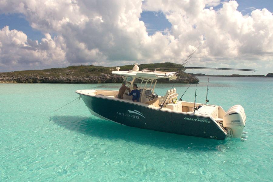 Navis Charters Boat